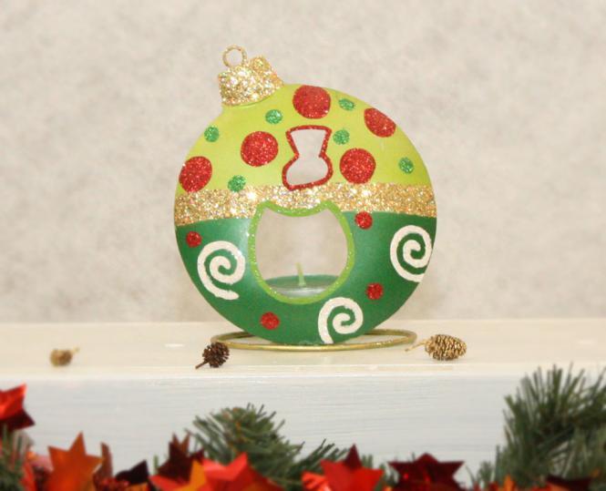 Weihnachtskugel mit Teelicht